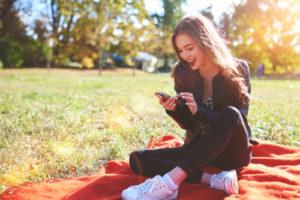 出会い系アプリを利用する学生の環境とは?