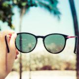 サングラスの選び方とは?おすすめのレディース・メンズサングラスやブランドもご紹介