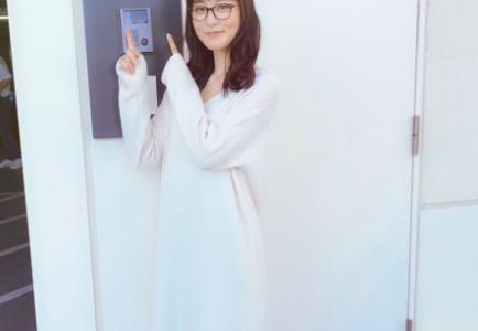 朝倉あきについて徹底解説!グランメゾン東京のメガネ美女の正体とは?