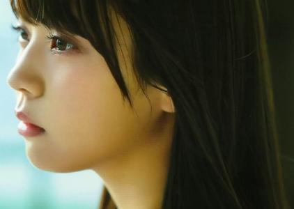 小林由依とは?「女子高生の無駄づかい」に出演!欅坂46ではセンターも務めた小林由依について徹底解説!